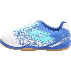 Lotto LZG 700 IX ID Halówki white/blue ski. Białe buty skate męskie Lotto, z materiału. W wyprzedaży za 132,30 zł.