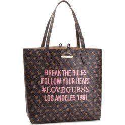 Torebka GUESS - HWSH64 22250 BROWN LOGO/CAMEL. Brązowe torebki klasyczne damskie marki Guess, z aplikacjami, ze skóry ekologicznej. Za 649,00 zł.