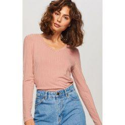 Koszulka z prążkowanej dzianiny - Różowy. Białe t-shirty damskie marki Reserved, l, z dzianiny. Za 59,99 zł.
