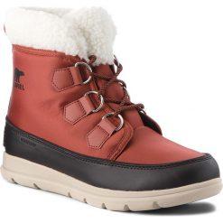 Śniegowce SOREL - Explorer Carnival NL3040 Rusty/Black 808. Brązowe buty zimowe damskie Sorel, z gumy, na niskim obcasie. W wyprzedaży za 399,00 zł.