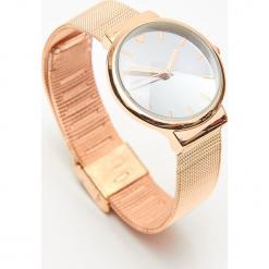 Zegarek - Złoty. Żółte zegarki damskie Cropp, złote. Za 49,99 zł.