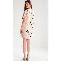 Sukienki hiszpanki: Vero Moda Tall VMKARMA  Sukienka letnia moonbeam
