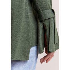 Swetry klasyczne damskie: FTC Cashmere Sweter dark moss