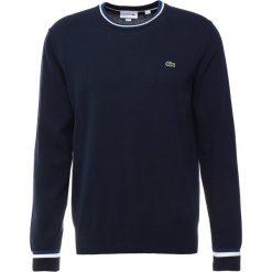 Lacoste Sweter navy blue/inkwell white. Szare swetry klasyczne męskie marki Lacoste, z bawełny. Za 579,00 zł.