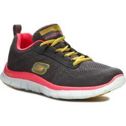 Buty SKECHERS - Sweet Spot 11729/CCHP Charcoal/Hot Pink. Szare buty do fitnessu damskie marki KALENJI, z gumy. W wyprzedaży za 209,00 zł.