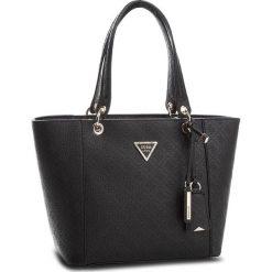 Torebka GUESS - HWSD66 91230 BLA. Czarne torebki klasyczne damskie Guess, z aplikacjami, ze skóry ekologicznej. Za 629,00 zł.