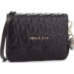 Torebka VERSACE JEANS - E1VSBBH1 70780 899. Czarne listonoszki damskie Versace Jeans, z jeansu, zdobione. Za 749,00 zł.
