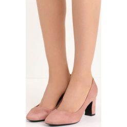 Różowe Czółenka Marry Me. Czerwone buty ślubne damskie marki Born2be, na niskim obcasie, na słupku. Za 69,99 zł.
