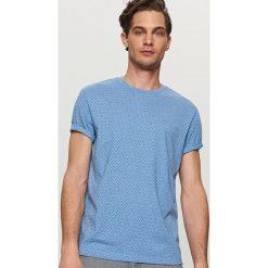 T-shirty męskie: T-shirt z nadrukiem w fale – Niebieski