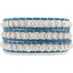 Bransoletki damskie: Skórzana bransoletka w kolorze niebieskim z hodowlanymi perłami słodkowodnymi