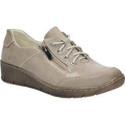 Beżowe półbuty skórzane błyszczące sznurowane na koturnie Helios 334. Brązowe buty ślubne damskie Helios, na koturnie. Za 198,99 zł.