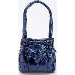 Pikowana torba - Granatowy. Niebieskie torebki klasyczne damskie Reserved, pikowane. Za 89,99 zł.