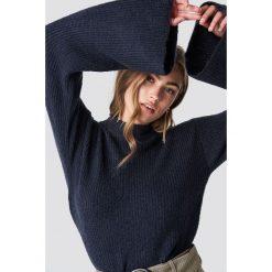 Rut&Circle Sweter z szerokim rękawem - Blue,Navy. Niebieskie swetry klasyczne damskie Rut&Circle, z dzianiny, z golfem. Za 161,95 zł.