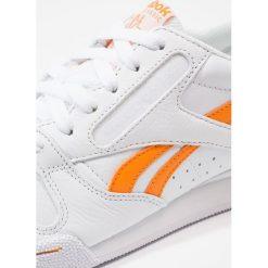 Reebok Classic PHASE 1 PRO DL Tenisówki i Trampki white/bright orange. Białe tenisówki męskie marki Reebok Classic. W wyprzedaży za 390,15 zł.