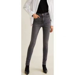 Mango - Jeansy Soho. Szare jeansy damskie rurki Mango, z bawełny, z podwyższonym stanem. Za 139,90 zł.