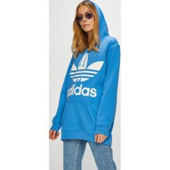 Adidas Originals - Bluza. Niebieskie bluzy z kapturem damskie adidas Originals, z nadrukiem, z bawełny. Za 329,90 zł.
