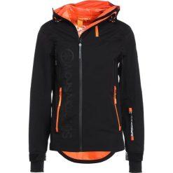 Superdry BASEJUMPER  Kurtka snowboardowa black. Czarne kurtki narciarskie męskie Superdry, m, z materiału. W wyprzedaży za 879,20 zł.