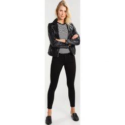 Mavi LEXY Jeans Skinny Fit double black. Czarne boyfriendy damskie Mavi. W wyprzedaży za 174,85 zł.