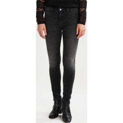 Rurki damskie: Wrangler BESPOKE Jeans Skinny Fit winter black