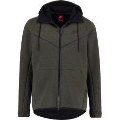Nike Sportswear TECH FULL ZIP WINDRUNNER HOODIE Bluza z kapturem sequoia/heather/black. Zielone bluzy męskie rozpinane marki Nike Sportswear, m, z bawełny, z kapturem. W wyprzedaży za 356,15 zł.
