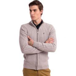 Kardigan w kolorze szarym. Szare kardigany męskie Polo Club, m, z bawełny, ze stójką. W wyprzedaży za 295,95 zł.
