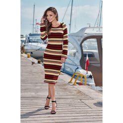 Kobieca ołówkowa sweterkowa sukienka bordo-kamel-czarny. Czarne długie sukienki Lemoniade, na jesień, ze splotem, klasyczne, z klasycznym kołnierzykiem, z długim rękawem, ołówkowe. Za 149,90 zł.