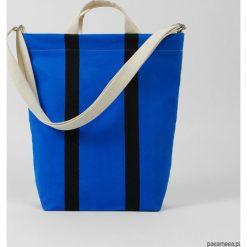 Ekologiczna torba na zakupy w kolorowe pasy. Niebieskie torby na ramię męskie Pakamera, w kolorowe wzory. Za 269,00 zł.