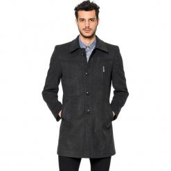 Płaszcz w kolorze antracytowym. Szare płaszcze zimowe męskie marki AVVA, Dewberry, m. Za 489,95 zł.