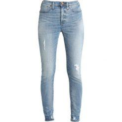Madewell HIGH RISE MEDIUM INDIGO DESTRUCTED Jeansy Slim Fit cliff. Niebieskie jeansy damskie relaxed fit Madewell. Za 589,00 zł.