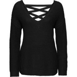 Sweter ze sznurowaniem z tyłu bonprix czarny. Czarne swetry klasyczne damskie bonprix, ze sznurowanym dekoltem. Za 89,99 zł.