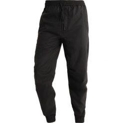 Spodnie męskie: Maharishi SEAMLESS TRACK PANTS Spodnie treningowe black