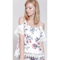 Bluzki damskie: Biało-Różowa Bluzka Super Stylish