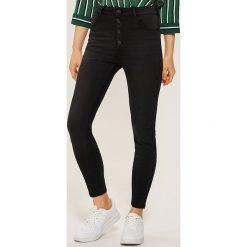 Jeansy high waist skinny - Czarny. Niebieskie spodnie z wysokim stanem marki Reserved, z podwyższonym stanem. Za 79,99 zł.