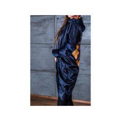 Płaszcze damskie pastelowe: NIEBIESKI PŁASZCZ ZE SKRZYDŁAMI NA PLECACH
