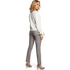 MARGUERITE Bluzka z pliską i wiązanymi mankietami - ecru. Szare bluzki z odkrytymi ramionami Moe, eleganckie. Za 119,00 zł.