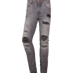 True Religion ROCCO Jeansy Slim Fit black. Czarne jeansy męskie relaxed fit True Religion. Za 1089,00 zł.