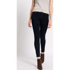 Review - Jeansy. Niebieskie jeansy damskie rurki Review. W wyprzedaży za 119,90 zł.