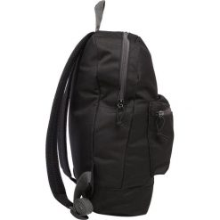 Plecaki męskie: Lyle & Scott BASIC COLOUR POP Plecak true black