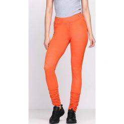Pomarańczowe Legginsy Your Secret. Brązowe legginsy we wzory Born2be. Za 19,99 zł.