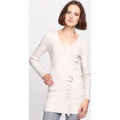 Swetry klasyczne damskie: Beżowy Sweter Disband