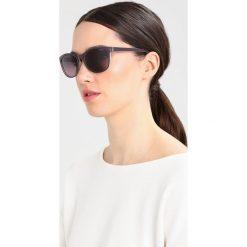 Polaroid Okulary przeciwsłoneczne purple. Fioletowe okulary przeciwsłoneczne damskie Polaroid. Za 249,00 zł.