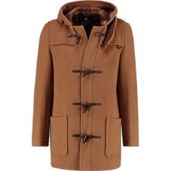 Gloverall Krótki płaszcz tan. Brązowe płaszcze wełniane męskie marki Gloverall, m. W wyprzedaży za 799,50 zł.