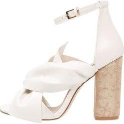 Sandały damskie: Miss Selfridge CANDY Sandały na obcasie white