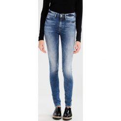 ONLY ONLCORIN  Jeans Skinny Fit medium blue denim. Niebieskie rurki damskie ONLY. W wyprzedaży za 131,45 zł.