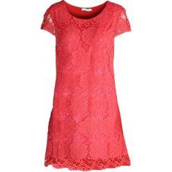 Sukienki: Koralowa Sukienka Crazy Dance