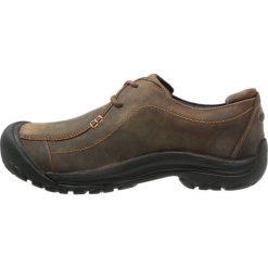 Keen PORTSMOUTH II Obuwie do biegania Turystyka dark earth. Brązowe buty do biegania męskie Keen, z gumy. Za 459,00 zł.