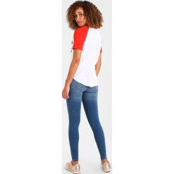 T-shirty damskie: Rich & Royal Tshirt z nadrukiem flame red
