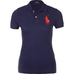 Polo Ralph Lauren Koszulka polo newport navy. Niebieskie bluzki asymetryczne Polo Ralph Lauren, xs, z bawełny, polo. Za 569,00 zł.