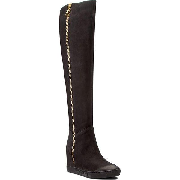 Muszkieterki CARINII - B4093 360-000-PSK-B88. Czarne buty zimowe damskie Carinii, z materiału, na obcasie. W wyprzedaży za 339,00 zł.