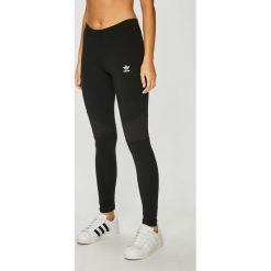 Adidas Originals - Legginsy. Szare legginsy adidas Originals, z bawełny. W wyprzedaży za 119,90 zł.